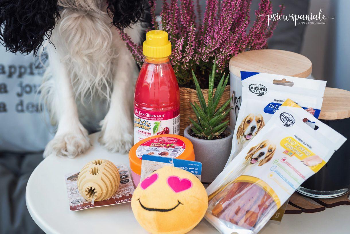 zabawki i przysmaki dla psa